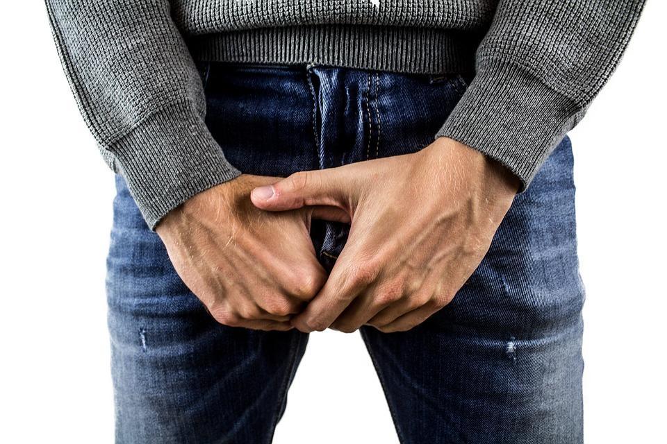 masažuojant prostatą kodėl erekcija jis veikia nariu dydi