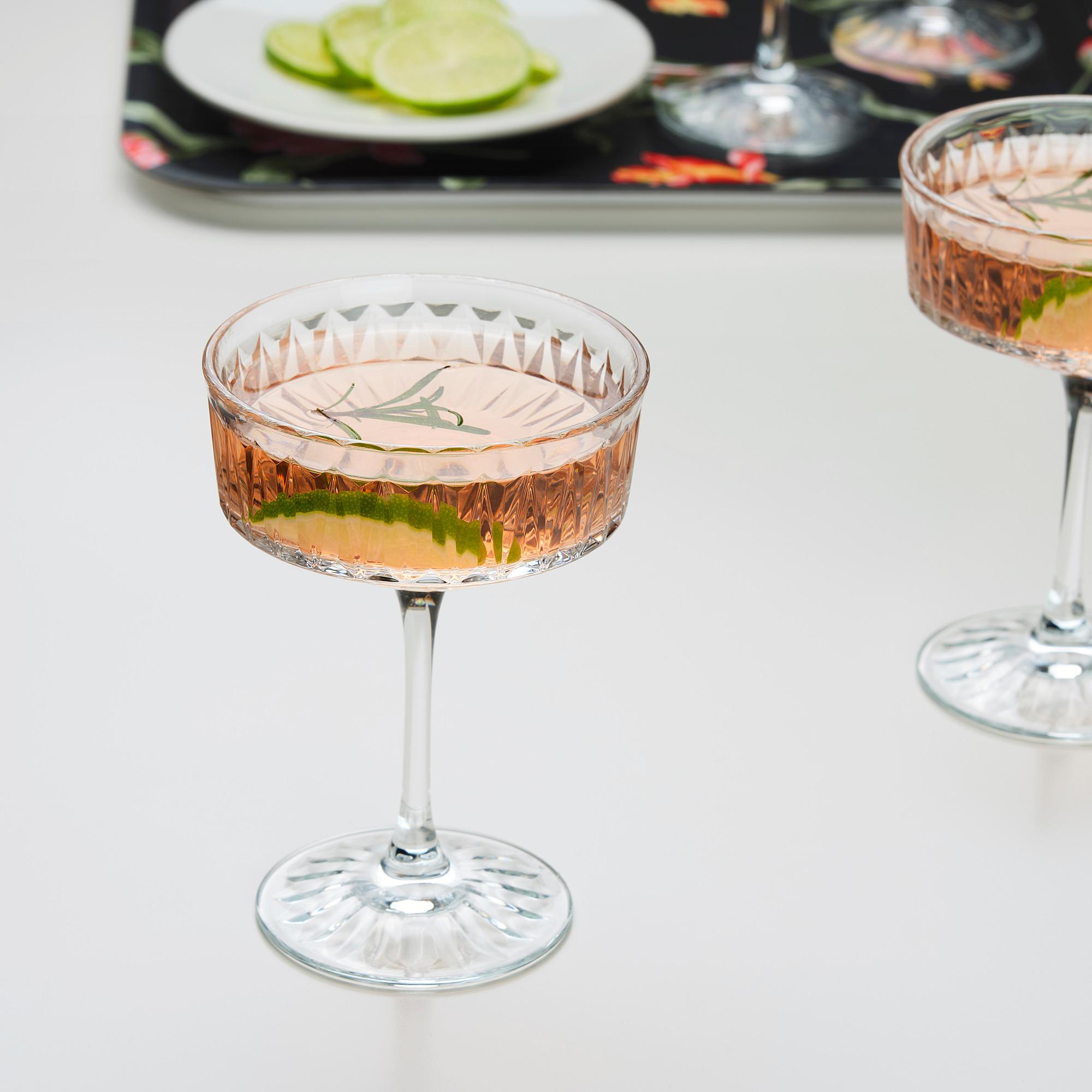 šampano erekcija prideti nario dydi