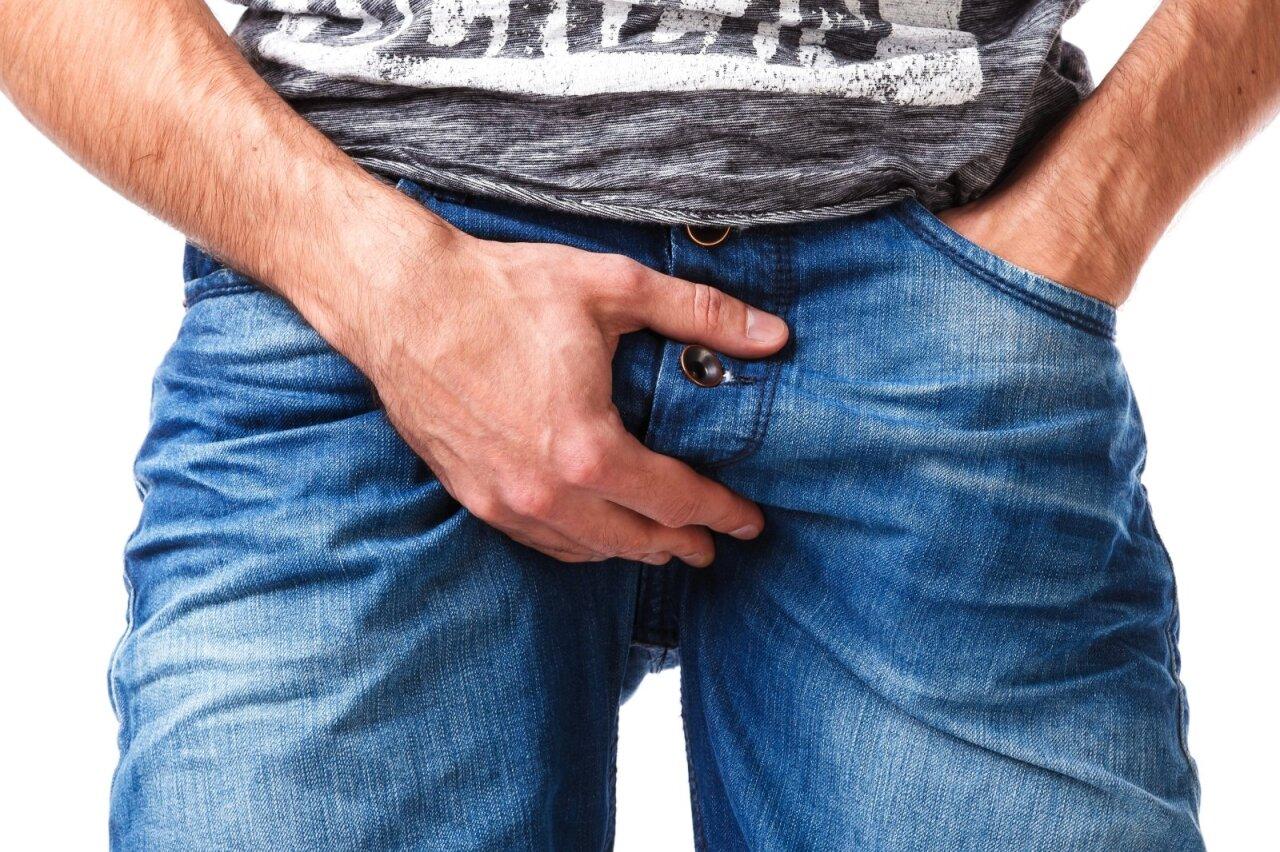 kai skauda erekciją vidutinio dydzio vyru narys